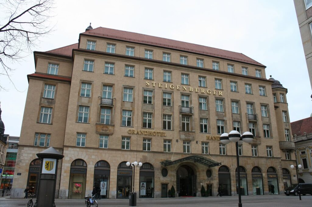 ehem. Handelshof - heute Hotel Steigenberger