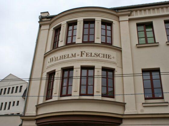 Aufschrift Wilhelm Felsche am Schokoladenkontor Leipzig