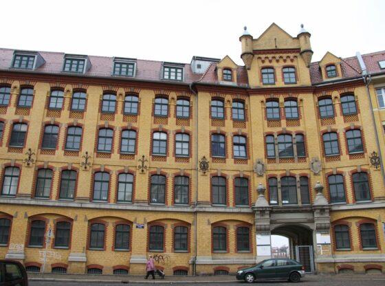 Erweiterungsbau Franz-Flemming-Straße 45 von Körting Mattieren in Leipzig Leutzsch