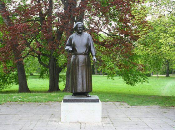 Clara-Zetkin-Denkmal im Johannapark