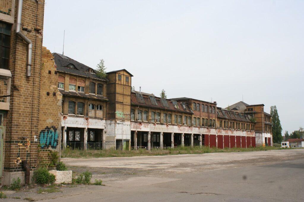 Halle Maschinenfabrik Christian Mansfeld - Blick von hinten