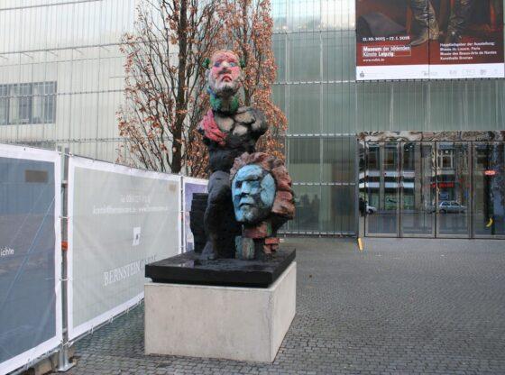 neues Beethoven Denkmal Leipzig vor dem Museum der bildenden Künste