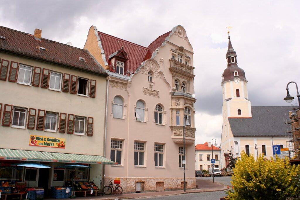saniertes Seidemannhaus in Taucha in der Kirchstrasse am Markt