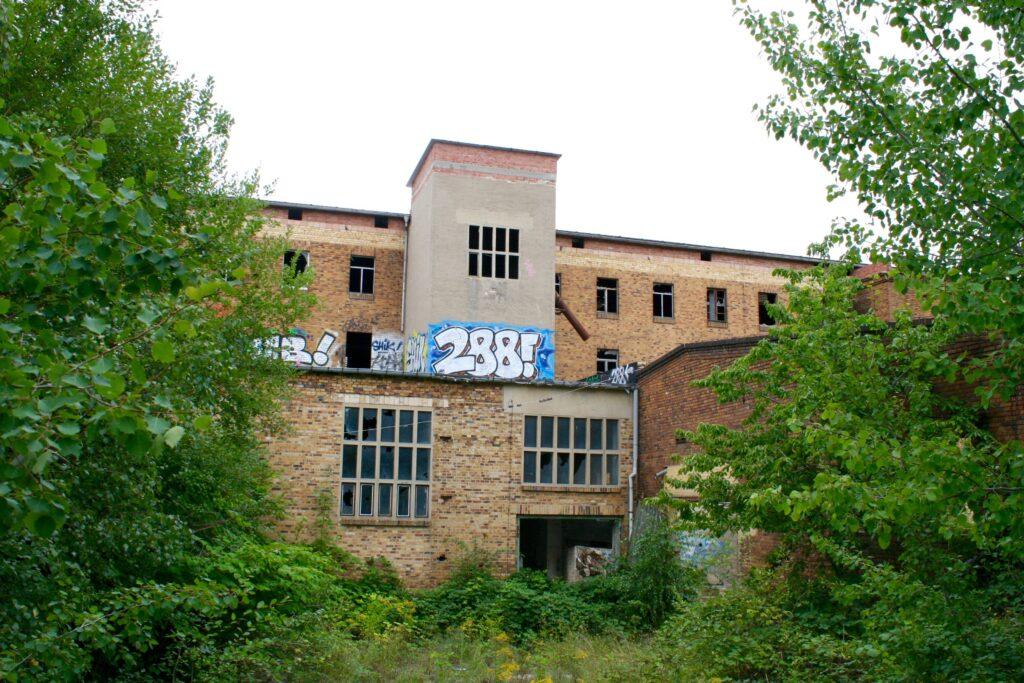 Nur 2 Fabrikhallen blieben vom einstigen Werks Fischer & Calov in Liebertwolkwitz übrig