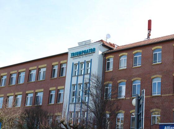 """Der Name """"Triumphator"""" steht für 60 Jahre Produktion von mechanischen Rechenmaschinen, seit 1920 in Mölkau"""