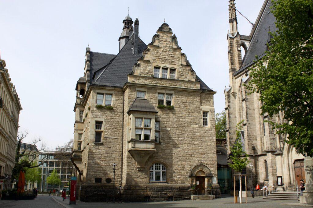 Thomashaus Leipzig direkt neben der Thomaskirche - lange Sitz der Superintendur