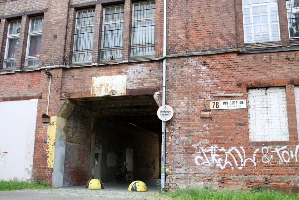 Eingang in den Innenhof der ehemaligen Meier und Weichelt Fabrikanalagen, später GISAG
