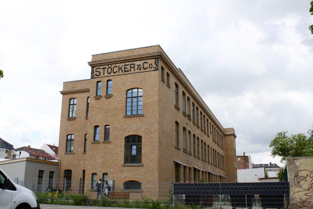 ehemalige Fabrikhalle der Telefon- und Telegrafenwerke Stöcker & Co. in der Plagwitzer Wachsmuthstraße im Juni 2020