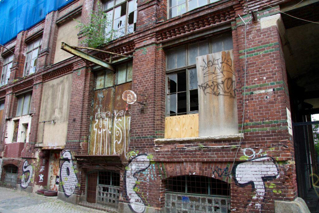 Zeugnisse einer längst vergangenen Industriekultur in Plagwitz an der Naumburger Strasse