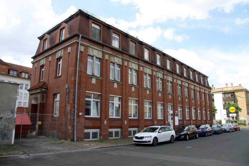 ehemaliger Verwaltungsbau der Köllmann Werke in Sellerhausen an der Torgauer Straße 74