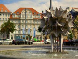Pusteblumenbrunnen Leipzig Richard-Wagner-Platz