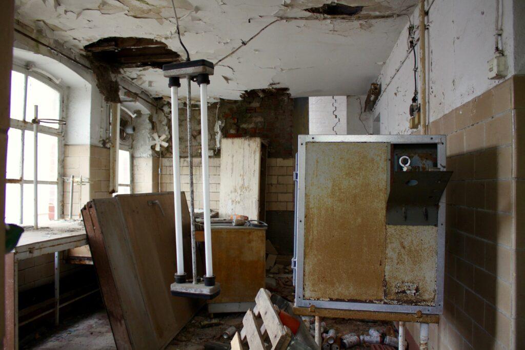 Auch der Blick ins Innere der alten Eilenburger Molkerei verrät nichts gutes