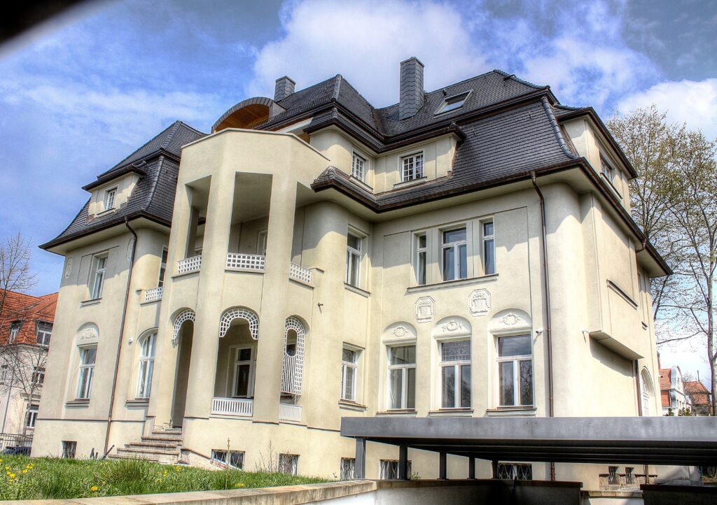 1909 errichtete Villa am Rande des Stadtteils Gohlis