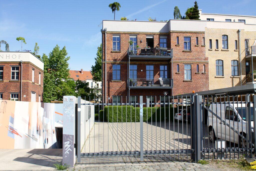 einst Maschinenfabrik für Druckereimaschinen in der Lindenauer Aurelienstraße 68 und 70 - umgebaut zu attraktivem Wohnraum