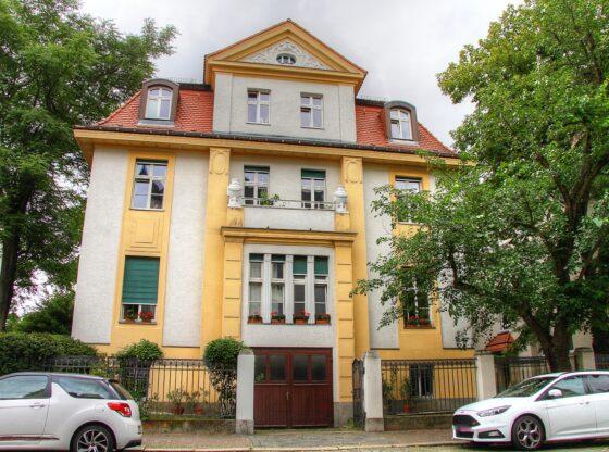 damalige Villa von Dr. med. Gustav Peter Walther Freytag in der Schorlemmer Straße 6