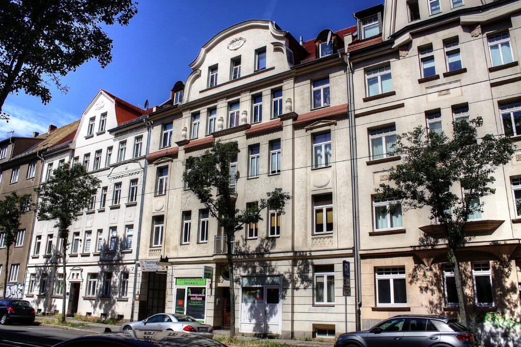 erbaut als Tischlerei Wagner & Jänichen nach Plänen von Georg Wünschmann