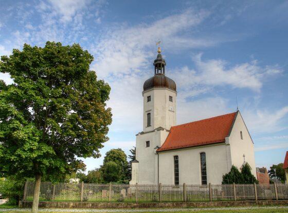 Dorfkirche in Rehbach